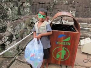 Superhero water bottle collector 1b